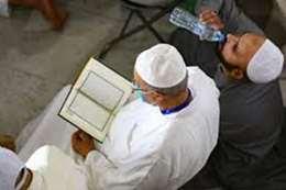 الكويت.. المساجد للأذان فقط.. ومنع دخول المصلين