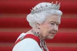 بعد إصابة ولي العهد.. الملكة إليزابيث في الحجر الصحي