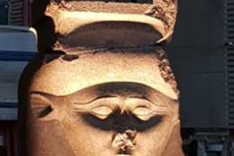 إضاءة القطع الأثرية  بالمتحف المصري الكبير