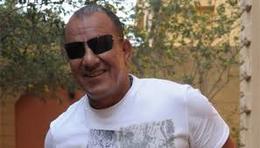 """بالفيديو.. محمد لطفي: """"هنيدي كان سبب طردنا من عزا"""""""
