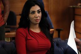 بالفيديو.. لحظة توقيف ميرهان حسين بكمين الرماية