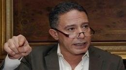 """أكمل قرطام: النخبة السياسية """"خازوق"""" مصر"""