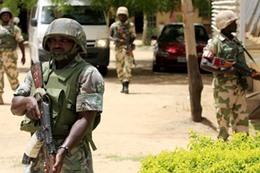 مقتل 4 في اشتباكات بين الجيش والشرطة النيجيريين
