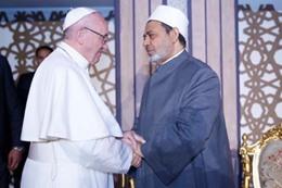 لقاء شيخ الأزهر وبابا الفاتيكان