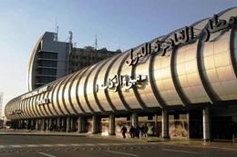 وفد أمريكى يتفقد إجراءات التأمين بمطار القاهرة