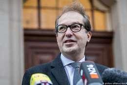 ألكسندر دوبرينت، رئيس الكتلة البرلمانية للحزب المسيحي الاجتماعي بولاية بافاريا