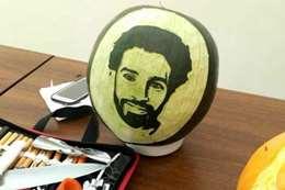 صورة «محمد صلاح» على البطيخ