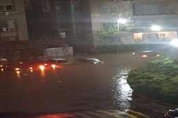 غرق التجمع الخامس بمياة الأمطار