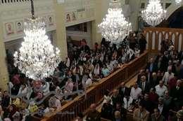 بدأت صلوات قداس عيد القيامه داخل كنيسة مارجرجس والشهداء بطنطا
