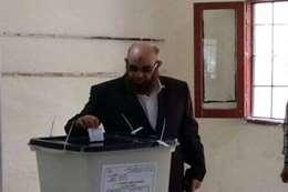 رئيس حزب النور يدلى بصوته في الإنتخابات