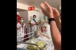 تصفيق واحتفال بطبيب عربي خرج من العناية المركزة