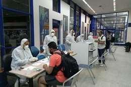 وصول 299 مصرياً قادمين من الرياض إلى فندق الحجر الصحي  بمرسى علم
