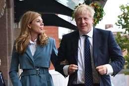 رئيس وزراء بريطانيا و خطيبته