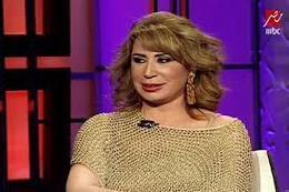فيديو.. إيناس الدغيدي: أشاهد الأفلام الإباحية