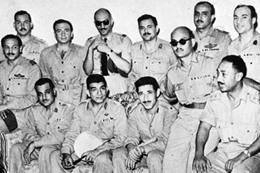 محمد نجيب يشكل حكومته الثانية بعد نجاح ثورة يوليو.