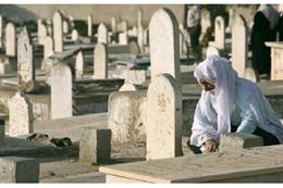 الصرف الصحي يجتاح مقابر إهناسيا