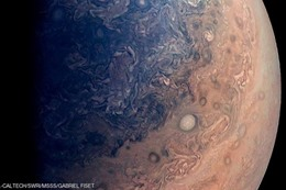 الصورة المنشورة عن قرب من كوكب المشترى كما نشرتها ناسا