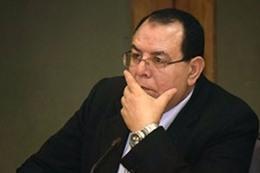الدكتور أحمد حسني رئيس جامعة الأزهر السابق