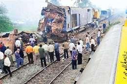 """حادث قطار الصعيد """"أرشيفية"""""""