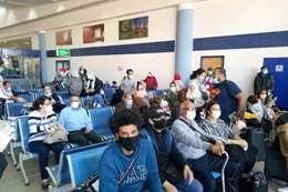 مطار مرسى علم يستقبل  298 مصريا من العالقين في واشنطن