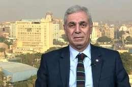 الدكتور أيمن السيد سالم رئيس قسم أمراض الصدر بطب قصر العيني