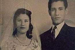 الفنان الراحل عبد الله غيث وزوجته