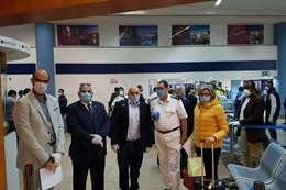 رحلة استثنائية  تقل 136 عائدا من باريس تصل مطار مرسى علم