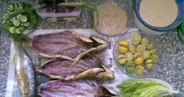«الرنجة» المصرية تزين موائد الغزيين في أول أيام عيد الفطر