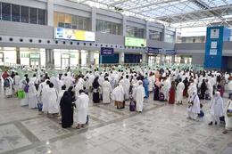 مطار القاهرة يستقبل 9 آلاف معتمر
