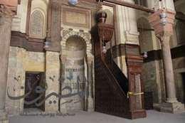 شاهد بالصور.. مسجد السلطان قولون في شارع المعز