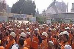 تخفيف حكم حبس عمال أسمنت طرة لشهرين