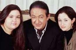 """صورة نادرة لـ """"مي نور الشريف"""" مع والدها"""
