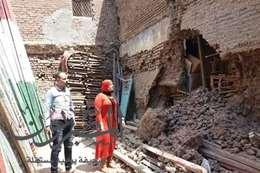 انهيار جزئي في منزل قديم خالي من السكان دون إصابات بالمحلة