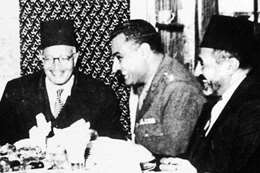 عبد الناصر ومرشد الإخوان حسن الهضيبي