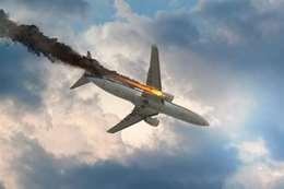 سقوط طائرة