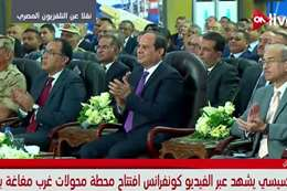 السيسى يفتتح محولات كهرباء غرب المنيا