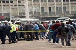 الشرطة تعاين موقع الحادث