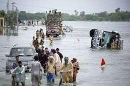 فيضانات وانهيارات في الهند
