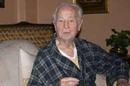 وفاة الفنان محمود رضا