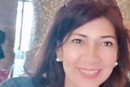 الدكتورة مني ناصر