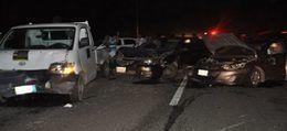 مصرع شخصين وإصابة فتاتين في حادث سير بقنا
