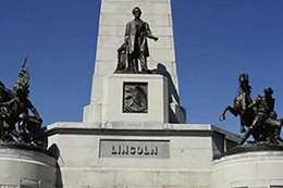 نصب لينكولن