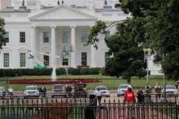 شاهد.. مظاهرات في البيت الأبيض تزامنا مع ذكري  الأحداث الدامية فى شارلوتسفيل