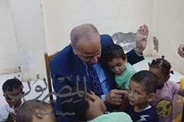 المحافظ يرسم علي مصر