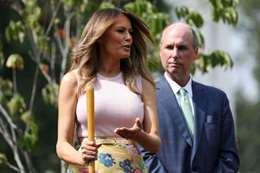 شاهد.. ميلانيا ترامب وهي تشارك في زراعة  حديقة البيت الأبيض