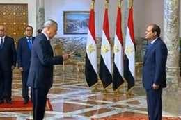 اللواء عبدالحميد الهجان، محافظ قنا يؤدي اليمين أمام الرئيس