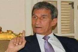 "مستشار مرسي يصف"" معصوم"" بلفظ خارج"