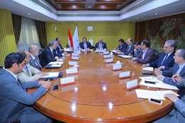 جانب من إجتماع وزيري النقل والبترول