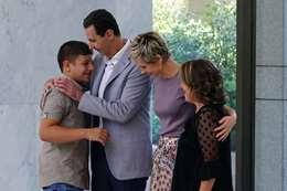الأسد وزوجته