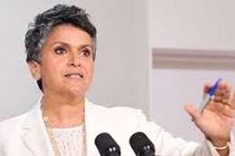 صفاء الهاشم: وزير الخارجية أبلغني بمنع دخول مواطني مصر إلى الكويت